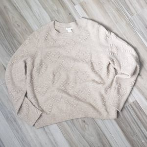 H&M | Beige Hearts Sweater sz Small